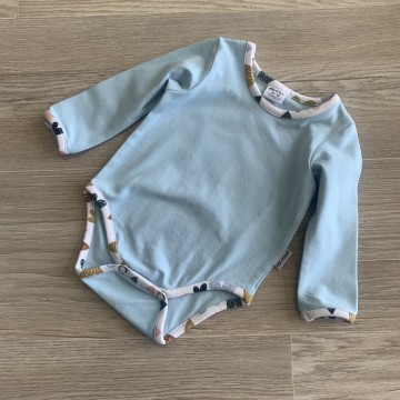 Body // 62-68 // manches longues  // Baby Blue - Cœurs